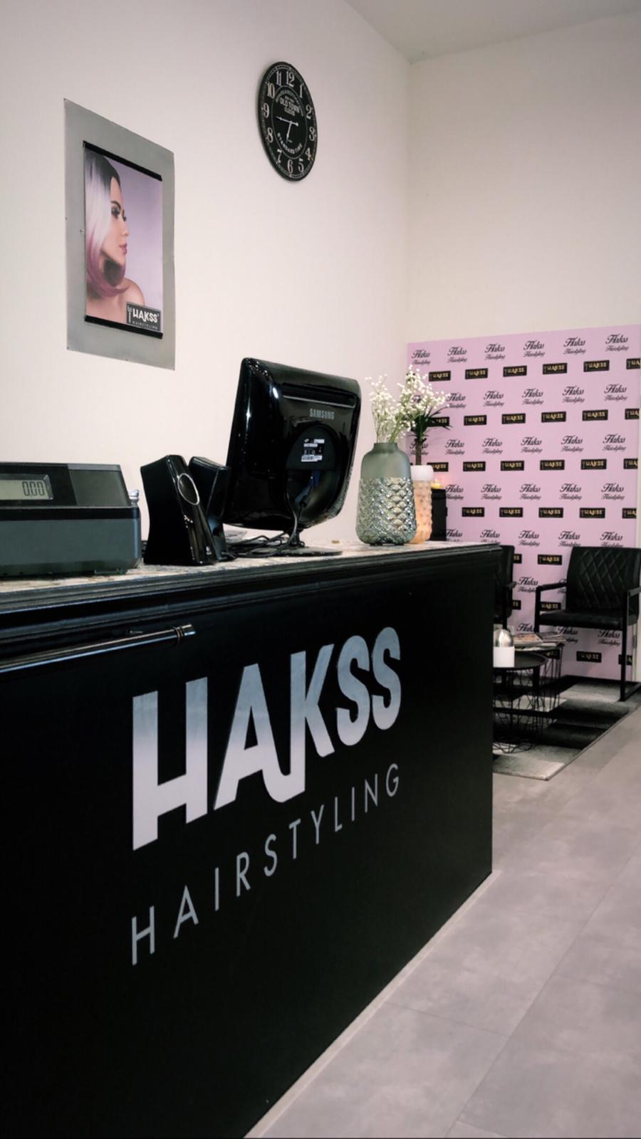 Over Hakss Hairstyling